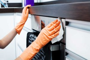 The safe and simple way to clean and disinfect your kitchen2